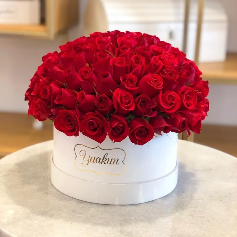 120 rosas en caja redonda amor