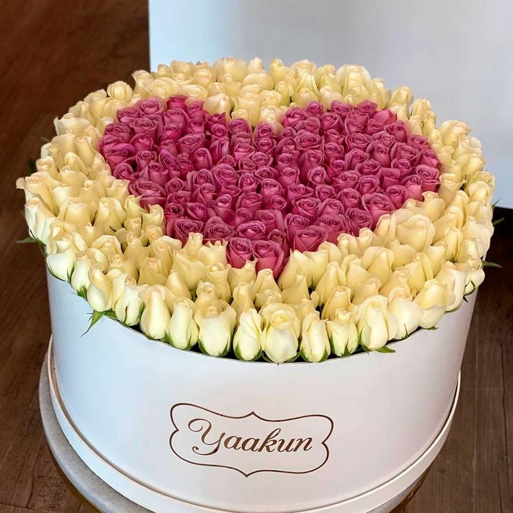 300 rosas en caja redonda blanca amor puro