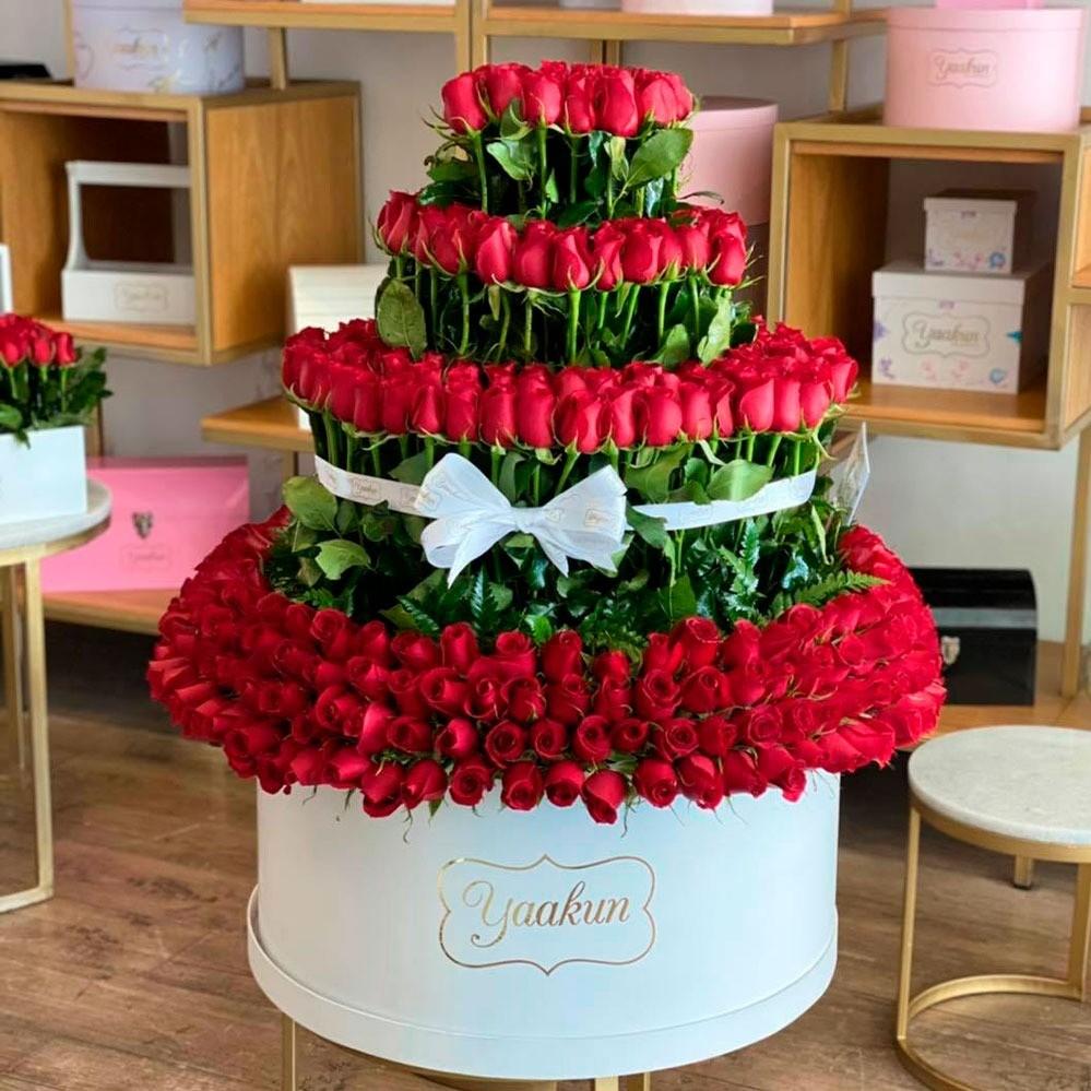 400 rosas en caja blanca yaakun mi gran amor