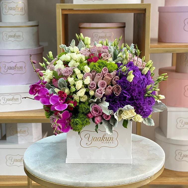 Flores finas nuge en caja