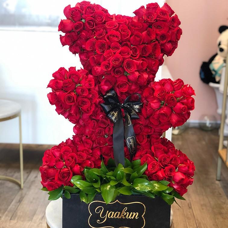 Oso chico de 450 rosas rojas