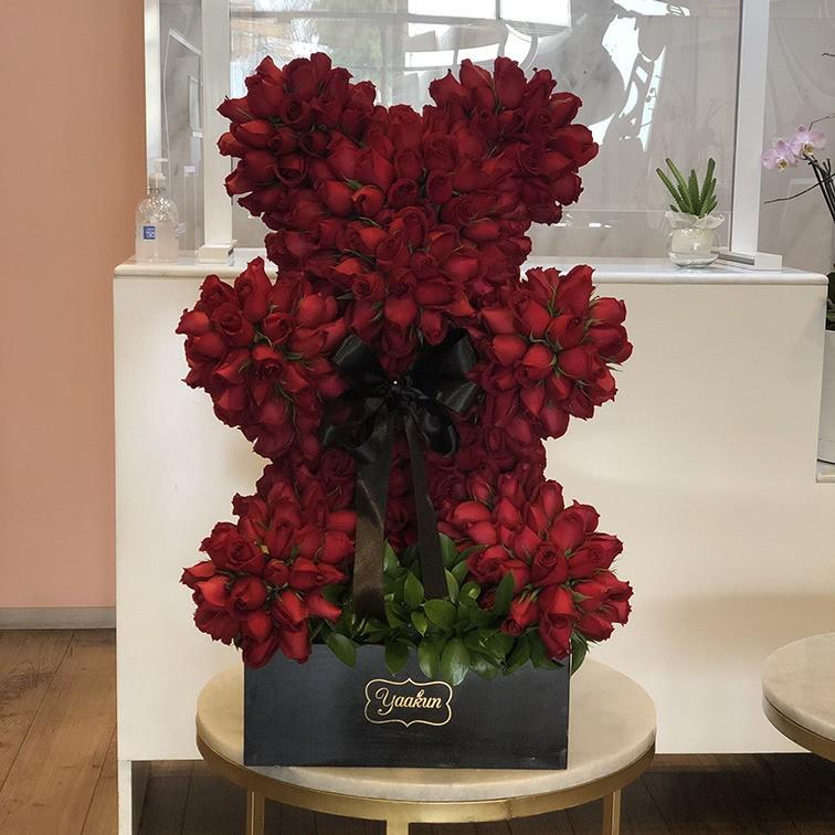 Oso chico de 600 rosas rojas