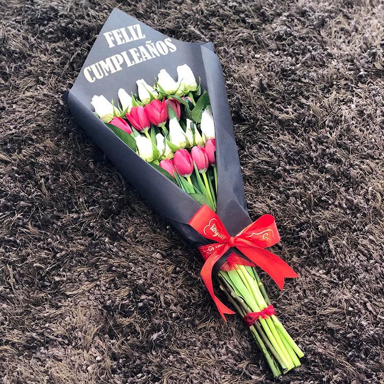 Ramo de 10 rosas & 10 tulipanes