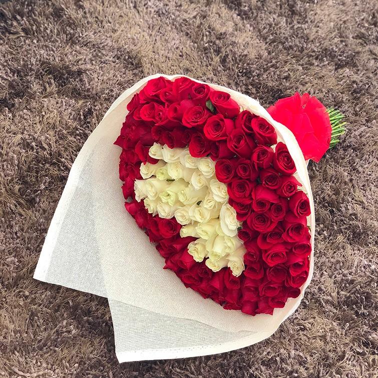 Ramo de 100 rosas corazón blanco mi corazón es tuyo