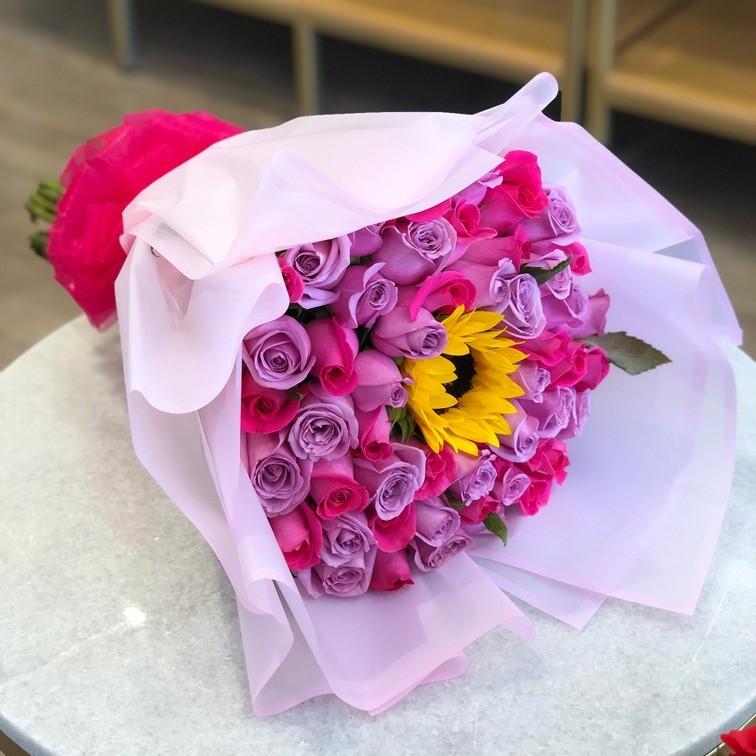 Ramo de 50 rosas & girasoles