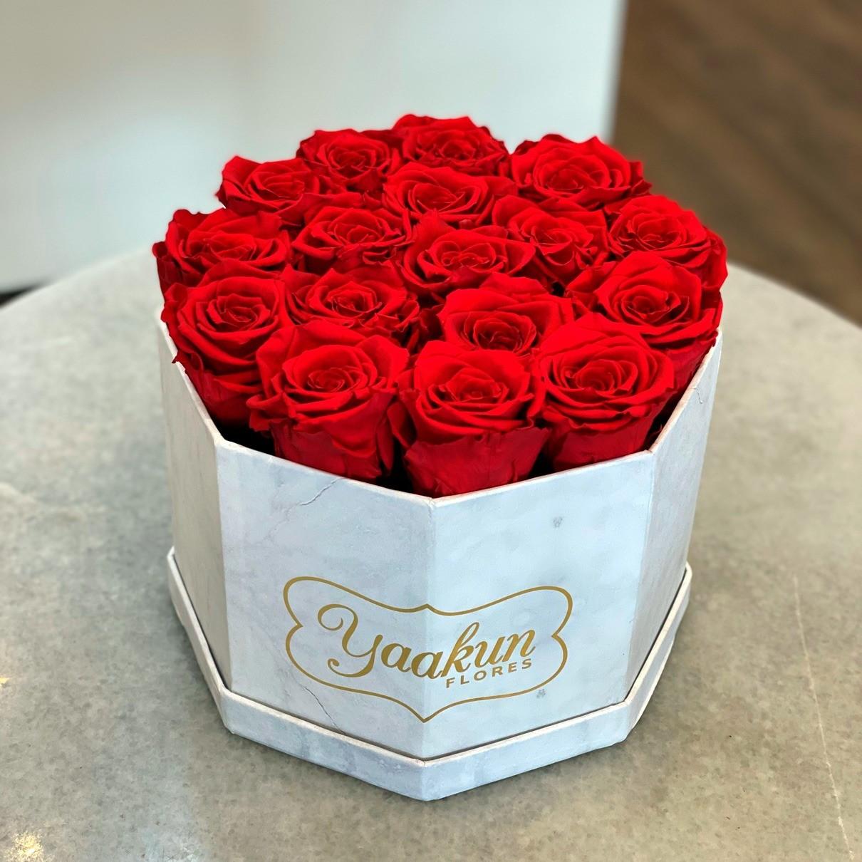 Rosas eternas en caja octagonal rosas rojas